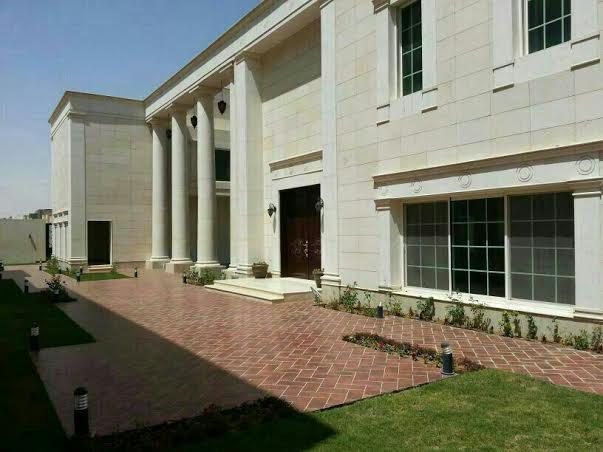 قصر فاخر للبيع في الرياض