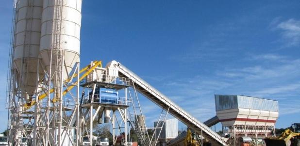 مصنع تركي متخصص في تصنيع (خطوط إنتاج الخرسانة والبلك)