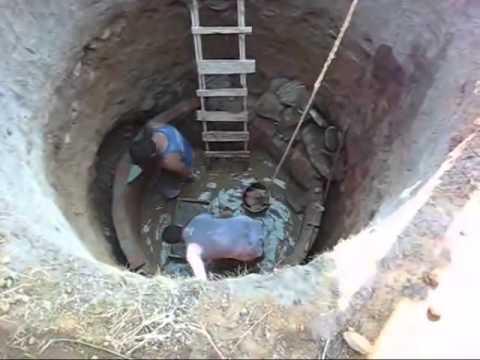 حفر الابار يدويا