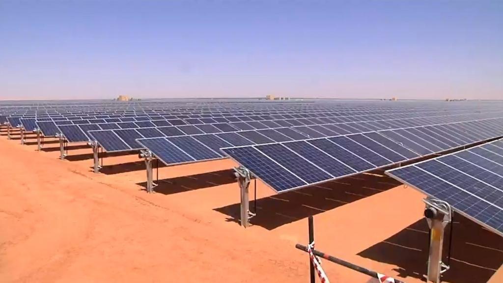مشروع طاقة شمسية كامل