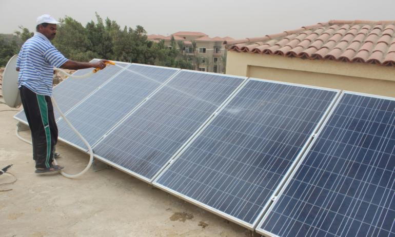 مشروع تركيب الألواح الشمسية
