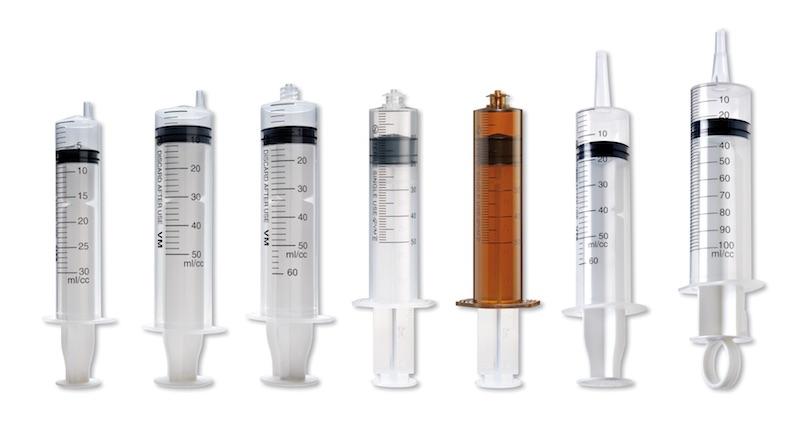 الخطوط الانتاجية المتكاملة لمصنع السرنجات الطبية ذات الاستعمال الواحد